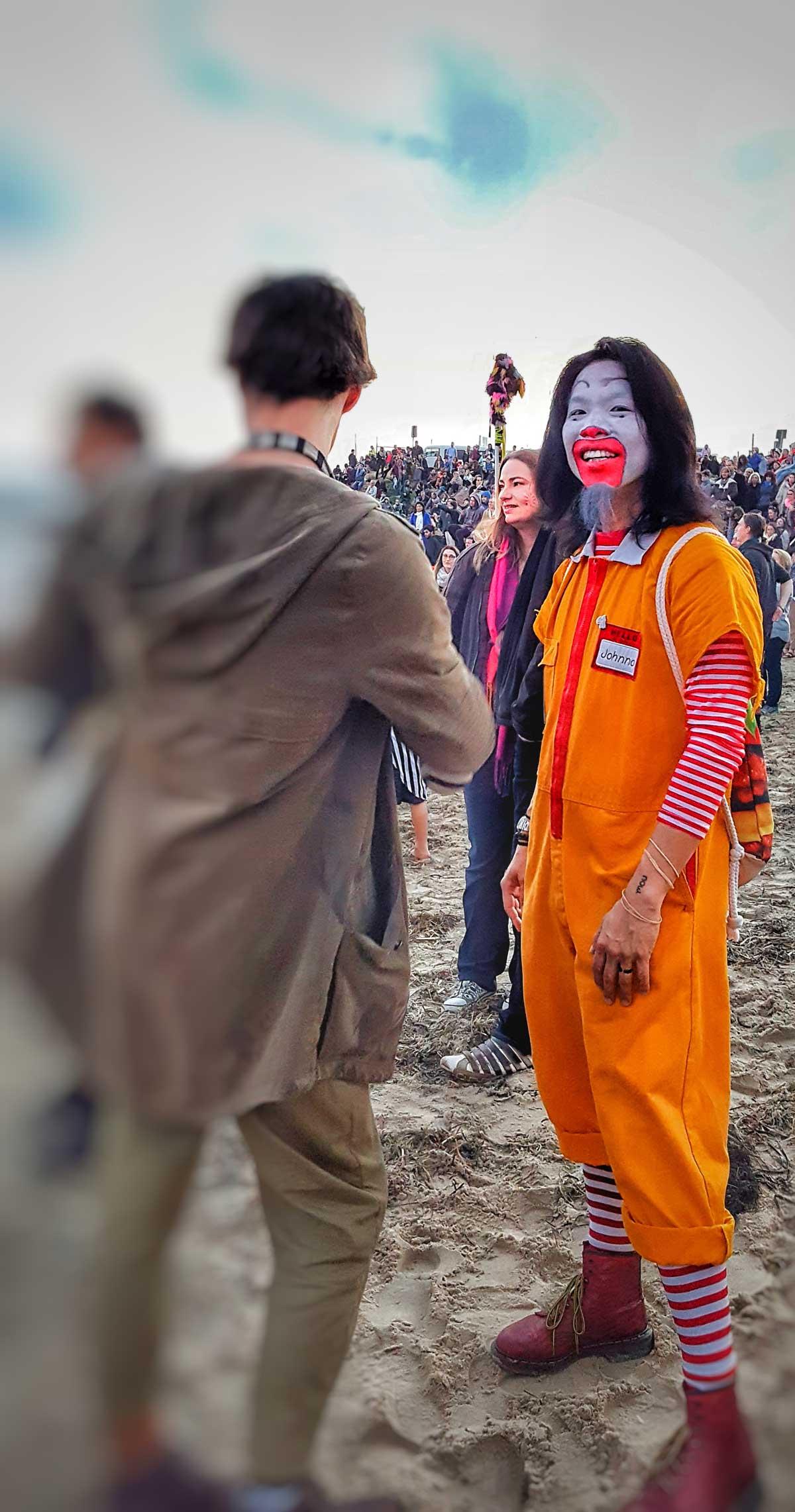clown-fremantle-shipping-news
