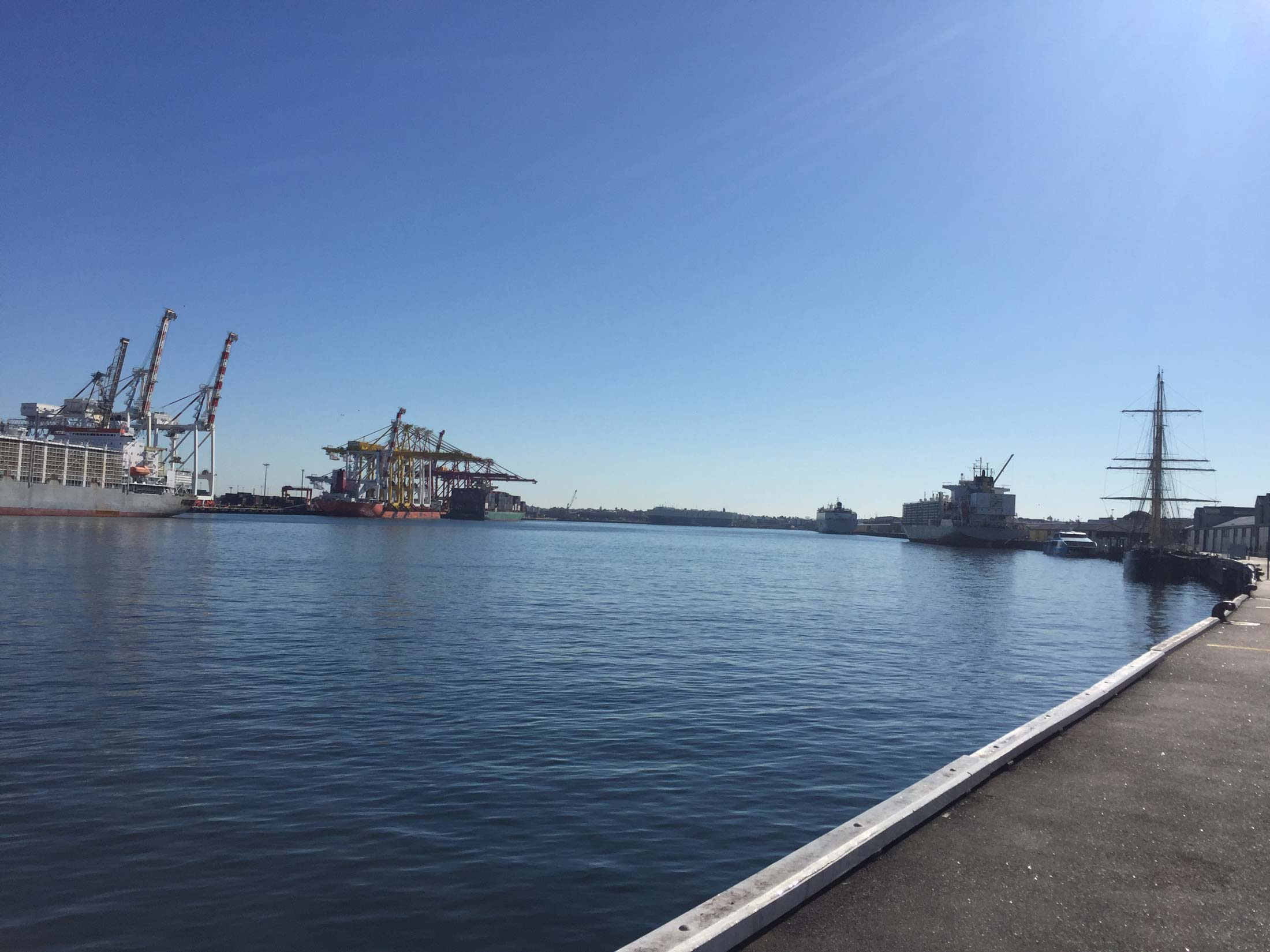 Fremantle Port before the new cranes arrived.