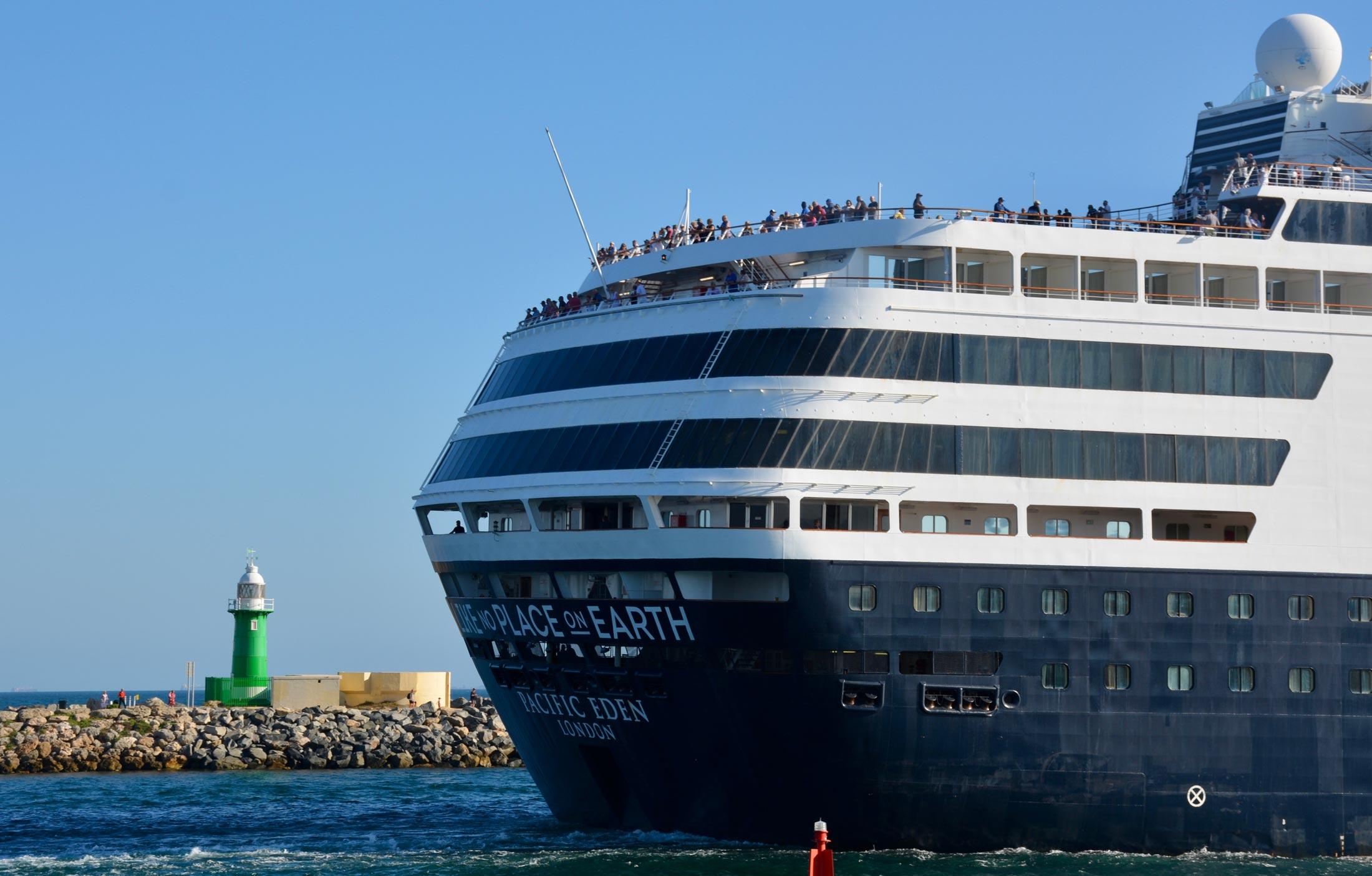 pacific-eden-fremantle-shipping-