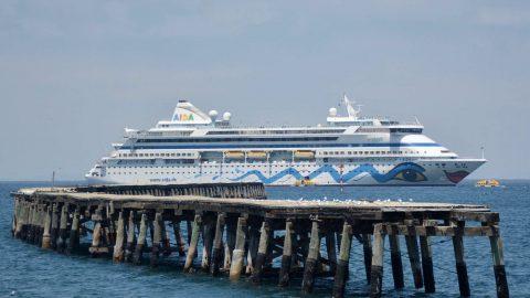 Fancy Cruisers Crash Esperance On Way To Freo