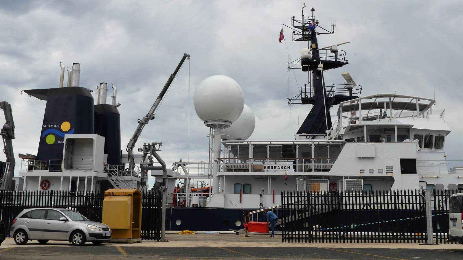 RV-Falkor-ship-6