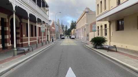 (Diminishing) Signs of Life – High Street, Fremantle