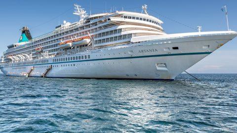 Floating off the Fremantle coast – Four Cruise Ships