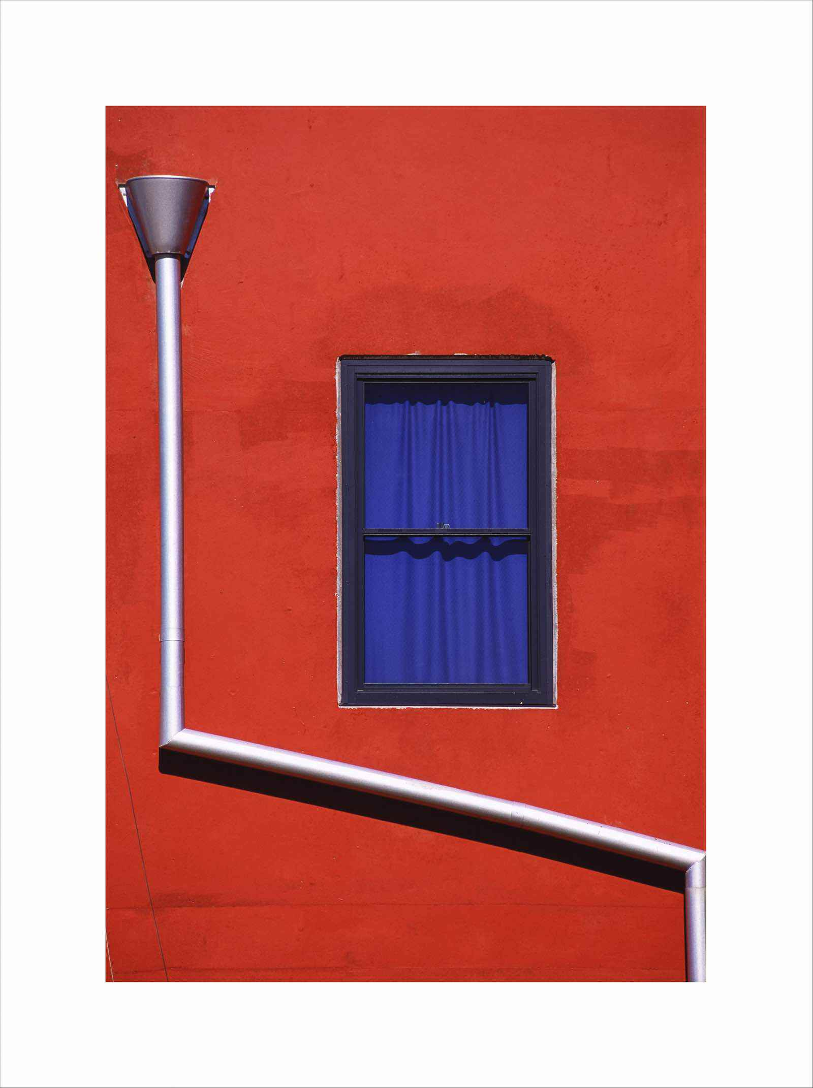 RED WALL DOWNPIPE